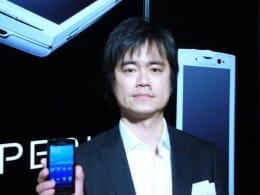 ソニー・エリクソン 商品企画部長 大澤斉氏は「今後もスマートフォンの開発を続けるので、期待して待っていてほしい」と述べた。