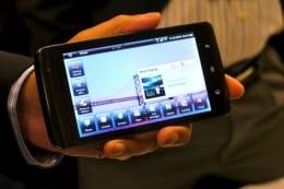 Dellのタブレット型Android。画面スクロールも滑らかに動き、使いやすそうだった