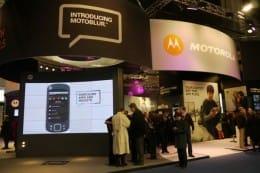 端末はAndroid、それ以外はネットワーク技術を展示していたモトローラ