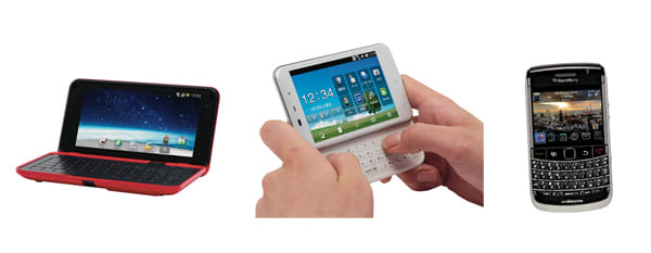 NTTドコモの新機種。左から「LYNX」、「dynapocket」、「BlackBerry9700」