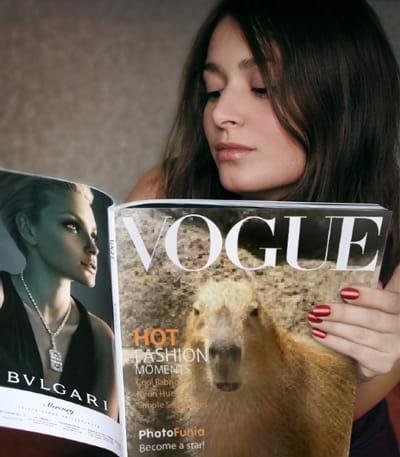 PhotoFunia:雑誌のカバーにも…