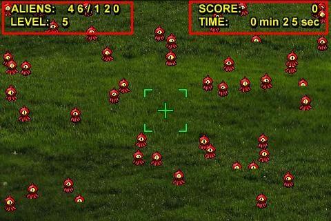 火星人襲来:左上に画面に出現している火星人の数とレベル。右上にスコアとゲーム経過時間を表示