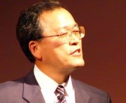 「すでにアメリカではスマートフォン市場の中心はAndroid」と語る田中氏