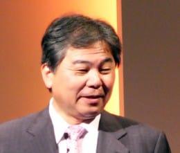 大畠氏によると、ケータイ市場におけるシャープの優位は「常にお客様目線にたつ」姿勢にあるという