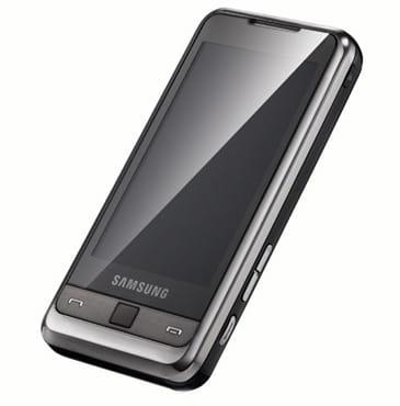 SamsungのWindows Mobile端末「OMNIA SGH-i900」。外観の印象はGALAXY Sに近い