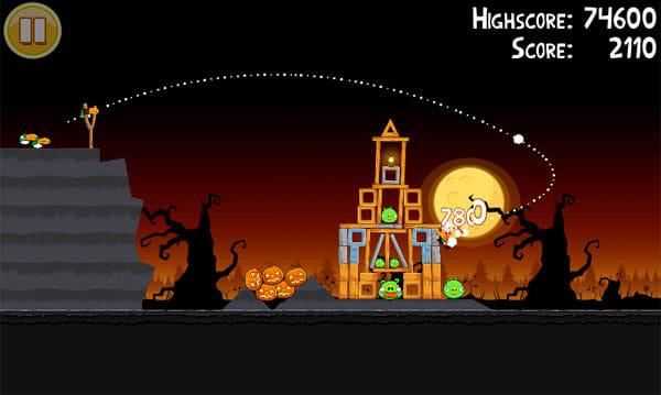 Angry Birds Seasons:くちばしの長い鳥は、空中旋回が得意技