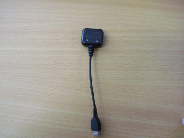 IS03USB-18芯変換ケーブル