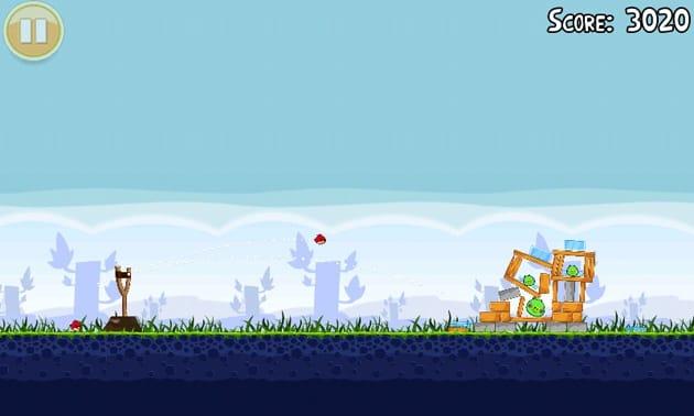 Angry Birds:鳥をパチンコ玉のように飛ばして、ブタを倒せ!