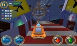 Mad Tracks:ミニチュアの車になってファンシーな部屋のコースを走りぬけ!