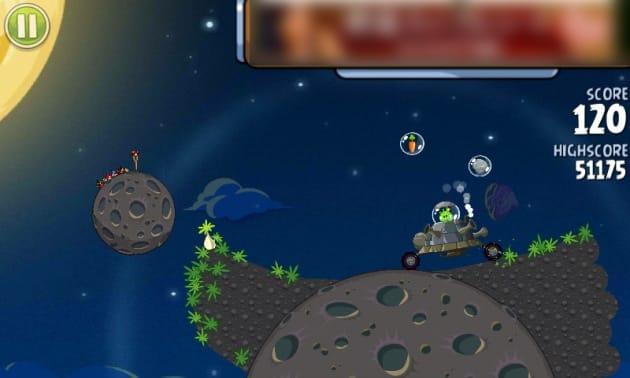 Angry Birds Space:シリーズ初のボスキャラ。かなり手こずること間違いナシ