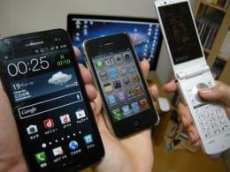 Android?iPhone?それともガラケー?