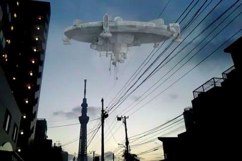 FxGuru: Movie FX Director:電線によって不自然に見えてしまうUFO