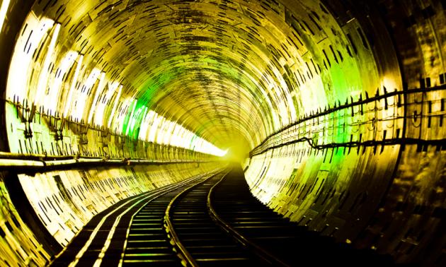 仙台・東西線フォトギャラリー:光のコントラストが印象的