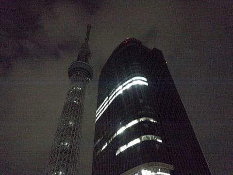 夜景:ARROWS NXの「HDRモード」で撮影