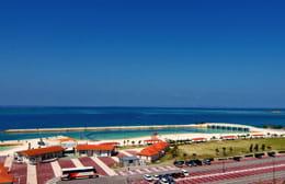 青い海が美しい美々ビーチいとまん