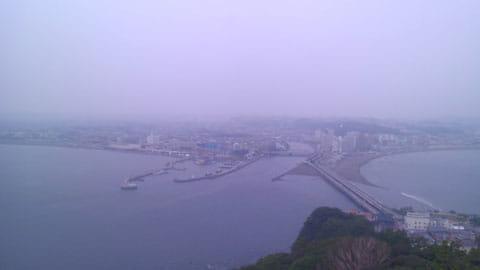 展望台から湘南の海を一望