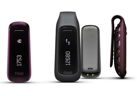 「Fitbit One™」のカラーはブラックとバーガンディの2色を用意