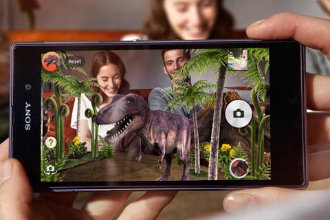 「ARエフェクト」など、多彩なカメラアプリを搭載