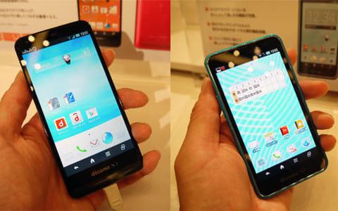 「AQUOS PHONE EX SH-02F」(左)「スマートフォン for ジュニア2 SH-03F」(右)