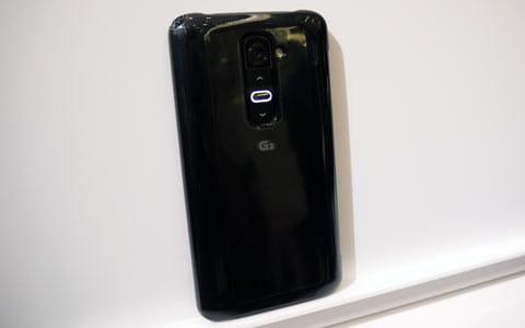 「LG G2 L-01F」の背面キー