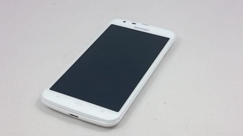 ワンセグ付き高性能防水モデル「AQUOS PHONE SH90B」