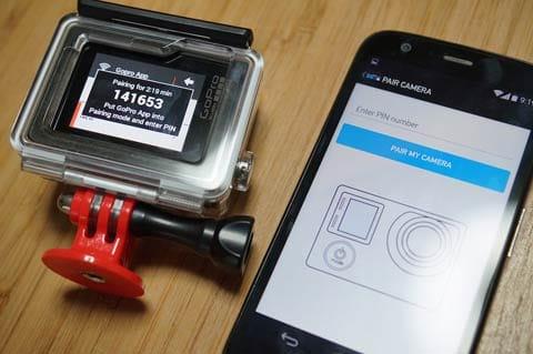 GoPro App:ペアリングの際、カメラに表示されるPINコードと、アプリのPINコード入力画面