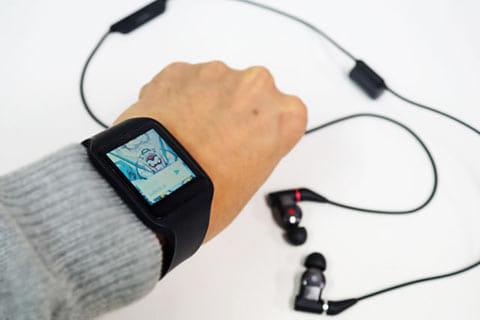 スマホがなくても「SmartWatch 3」単体で音楽が聴けるので、音楽を楽しむシーンが広がる