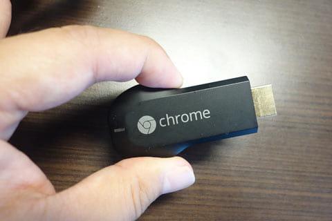 Chromecastはポケットサイズなので完全に旅行向け…