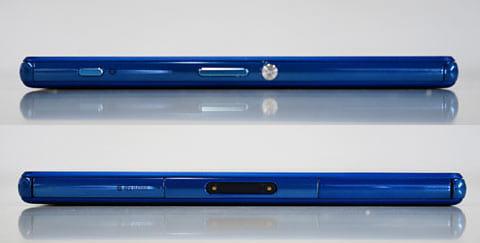 右側面には、Xperiaシリーズの象徴となるアルミ製の電源ボタン、ボリュームボタン、カメラボタン(上)左側面にはマグネット充電端子(下)