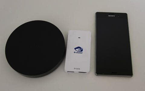 「G-cluster」の本体はコンパクト。左から「Nexus Player」「G-cluster」「Xperia Z3」