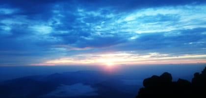 【検証】富士山の頂上にWi-Fiが設置されたが、本当に飛んでいるのか確認してきた