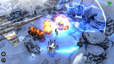 スターウォーズ:フォースアリーナ(Star Wars:Force Arena):▲X-ウイングが空中爆撃で支援してくれる。