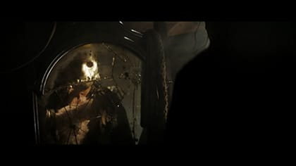 ホッケーマスクを被ったジェイソン誕生の瞬間!