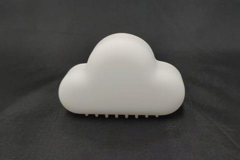 雲の見た目どおりとても軽量です