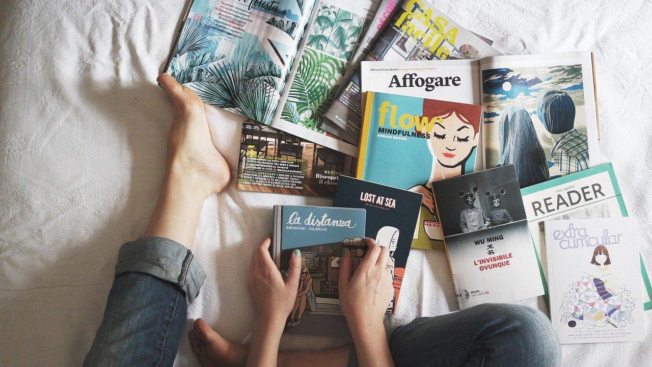 pixabay:StockSnap, reading