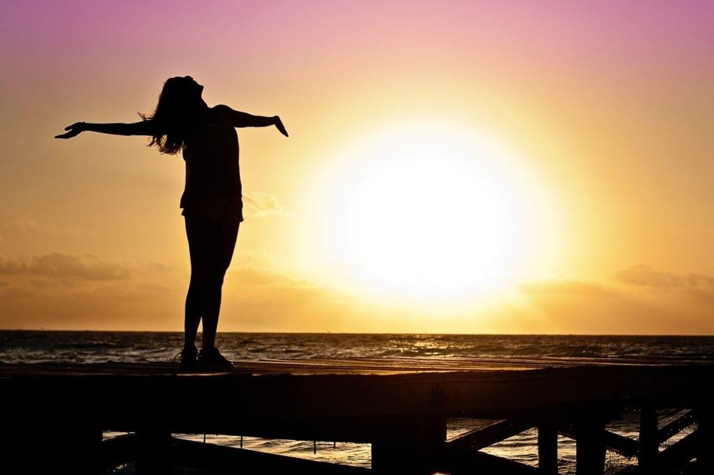 pixabay:JillWellington_woman